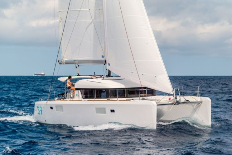 Charter Yacht TURQUOISE