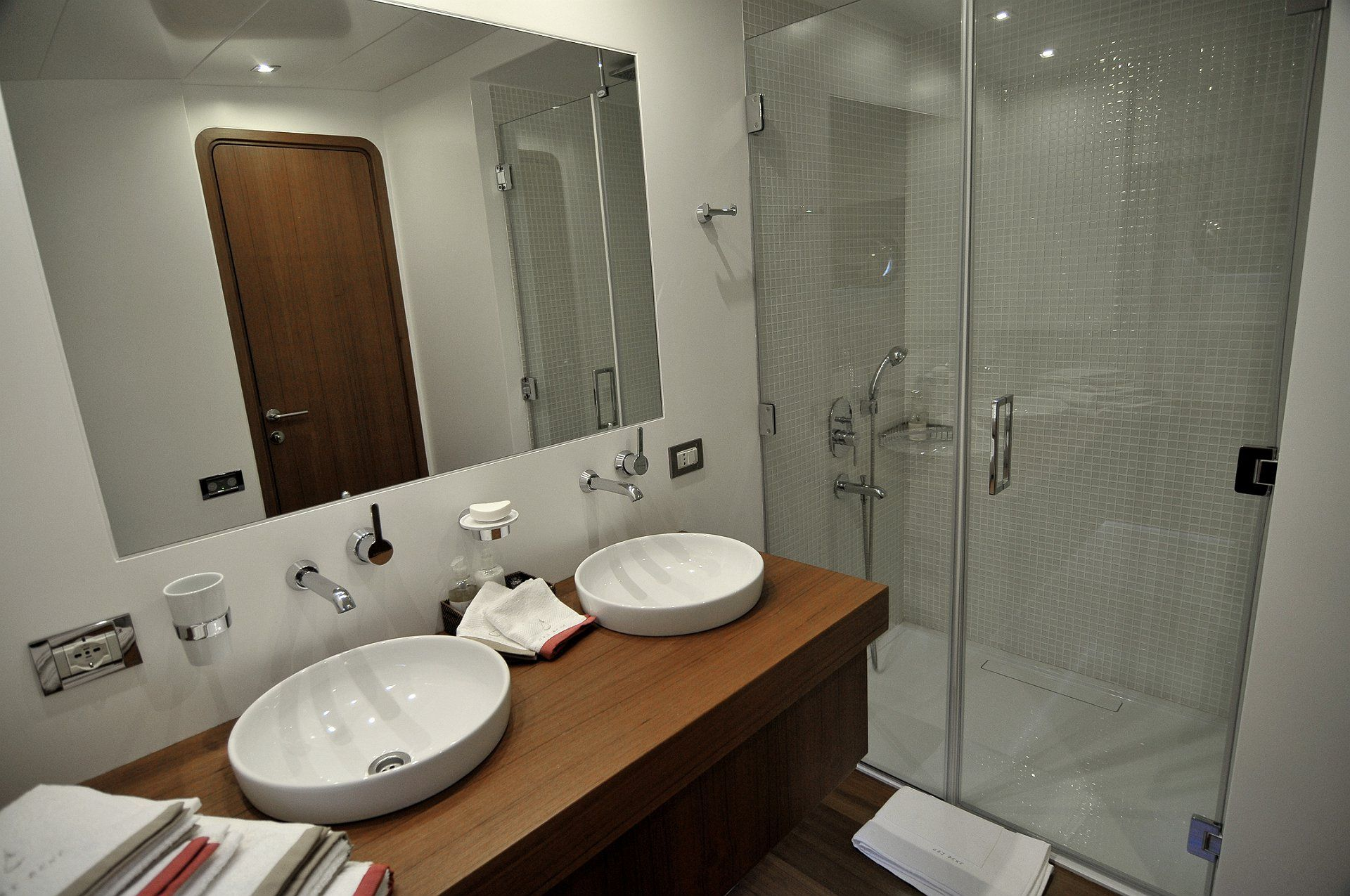 UBI BENE Bathroom