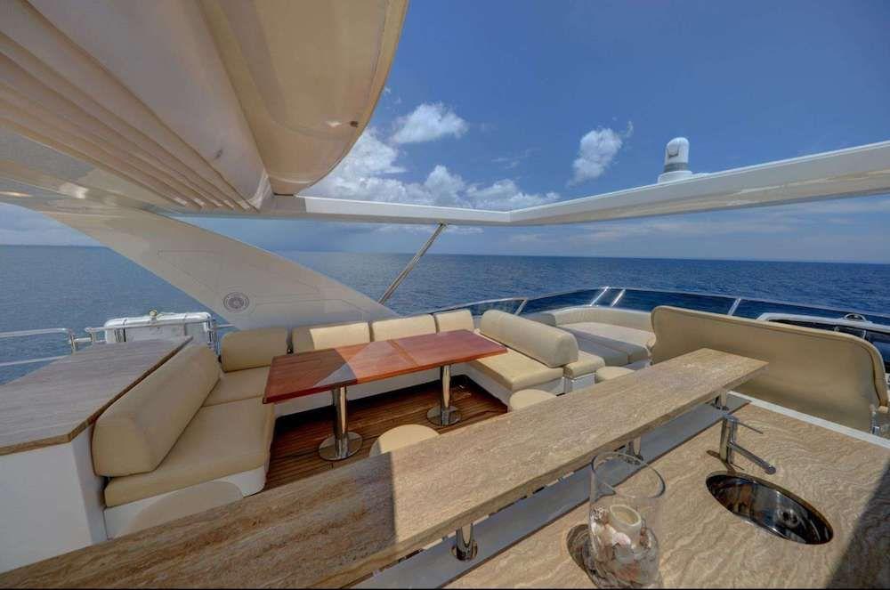 VALERE Azimut 84 Motor Yacht Flybridge