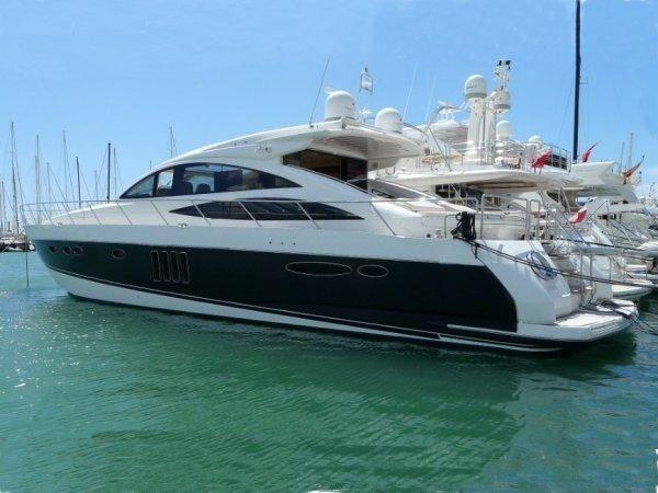 VANINA V - Princess V70 - 3 Cabins - Sainte Maxime - St Tropez - Cogolin