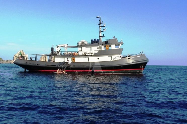 Charter Yacht VERVECE - Benetti 30m Tug - 4 Cabins - Cannes - Monaco - Naples - Capri - Amalfi