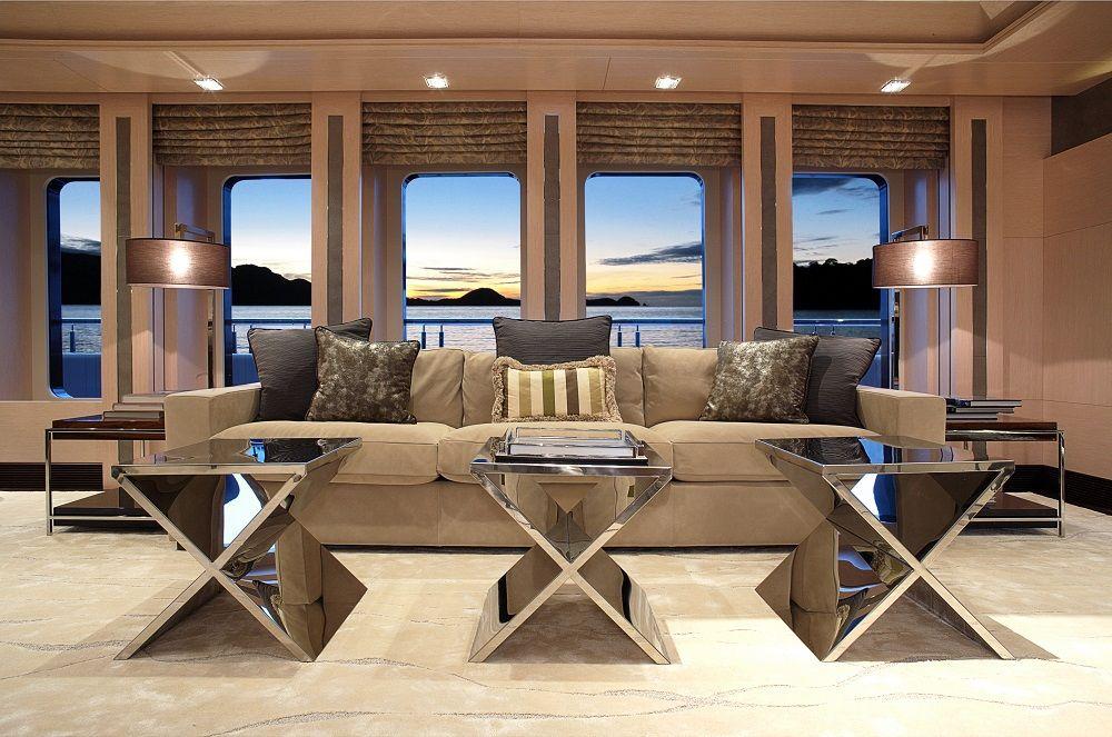 Main Deck Lounge