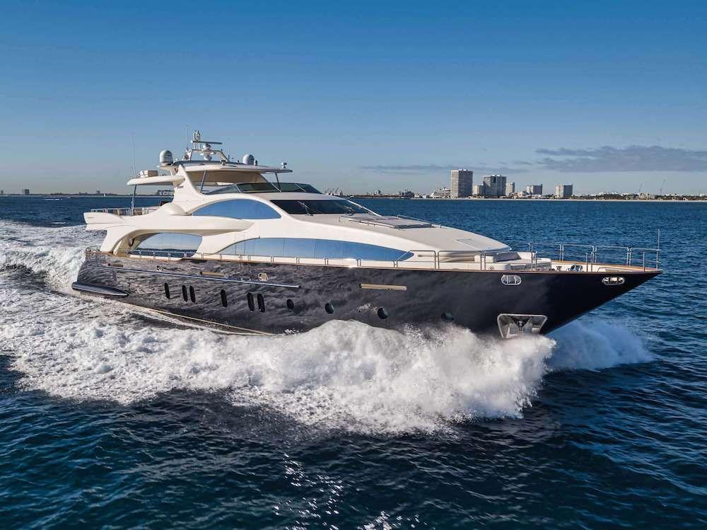 VIVERE - Azimut 116 - 5 Cabins - Newport  - Fort Lauderdale - Bahamas