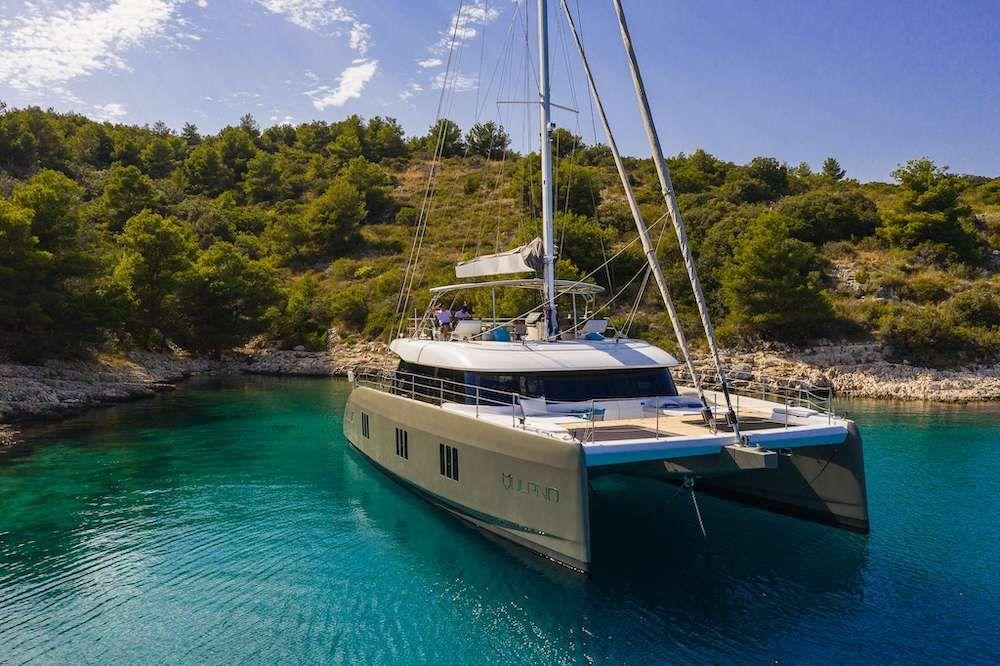 VULPINO - Sunreef 60 - 4 Cabins - Trogir - Split - Kastela - Dubrovnik
