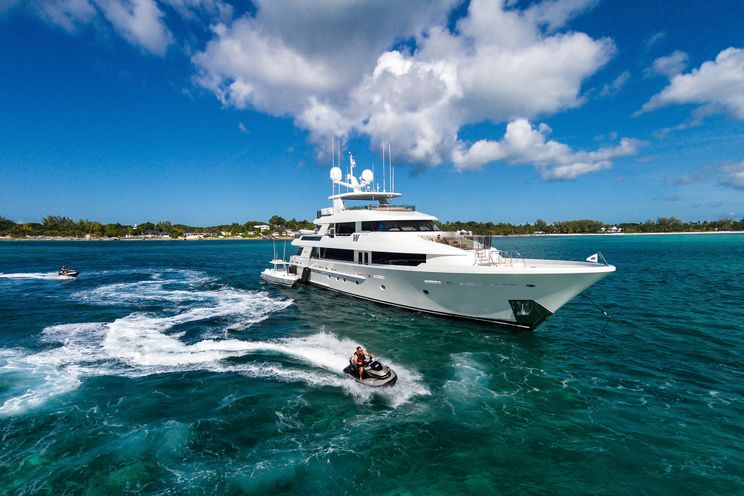 Charter Yacht PIPE DREAM - Westport 130 -  5 Staterooms - Bahamas - Nassau - Paradise Island - Georgetown - St Thomas - St Barths
