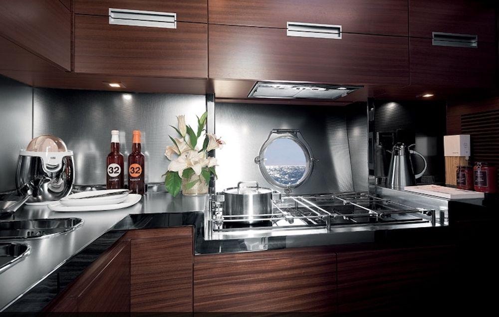 Azimut 62 WARREN KELLY Kitchen
