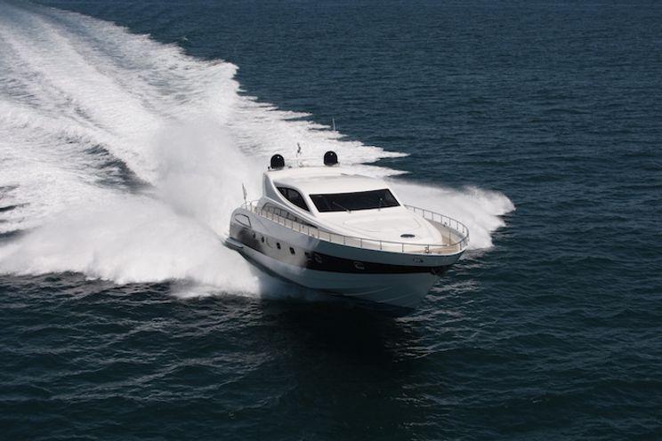Charter Yacht WELL DONE - Alfamarine 78 - 3 Cabins - St Tropez - Cogolin - Port Grimaud - French Riviera