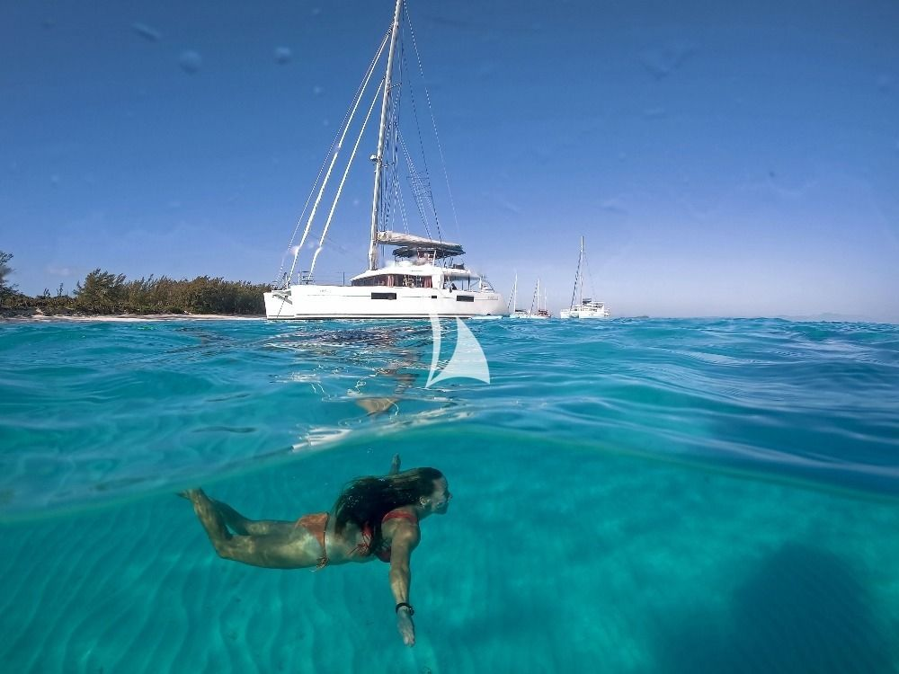 WHISPERS II Lagoon 560 Bahamas Swimming