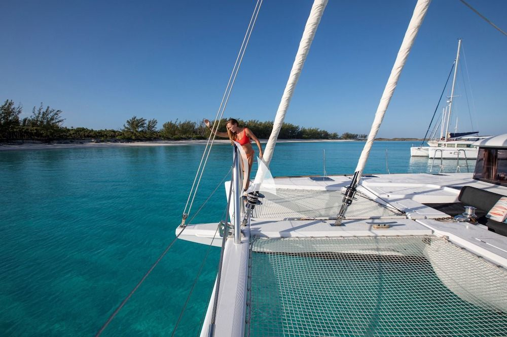 WHISPERS II Lagoon 560 Bahamas Activitiy