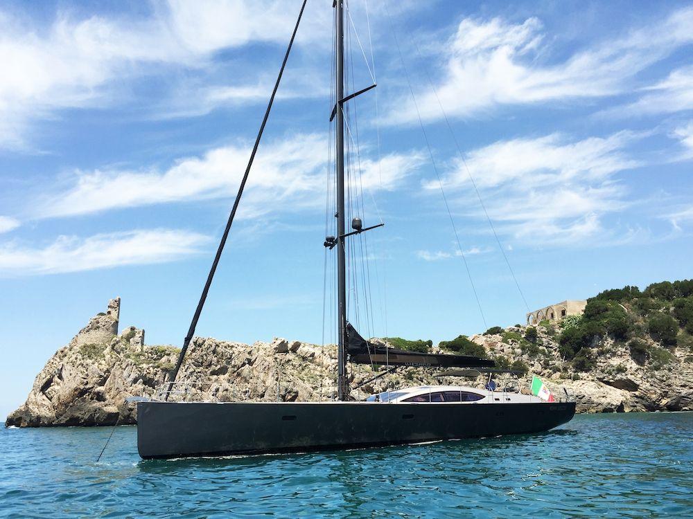 WIZARD - Yacht 2000 - 4 Cabins - Naples - Sicily - Sardinia - Corsica