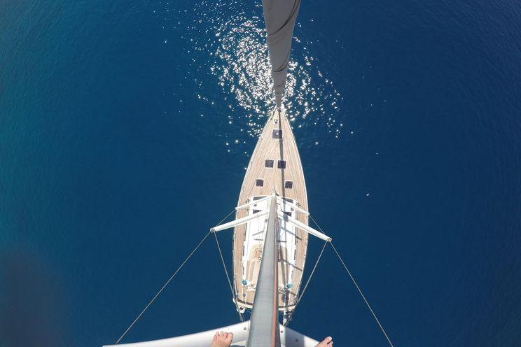 Charter Yacht ZEPHYR - Dufour 525 Grand Large - 3 Cabins - Port Grimaud - St Tropez - Porquerolles