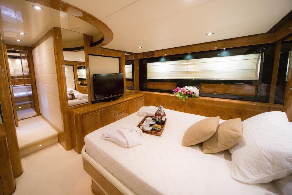 ZIA CANAIA Riva Yacht Double Cabin