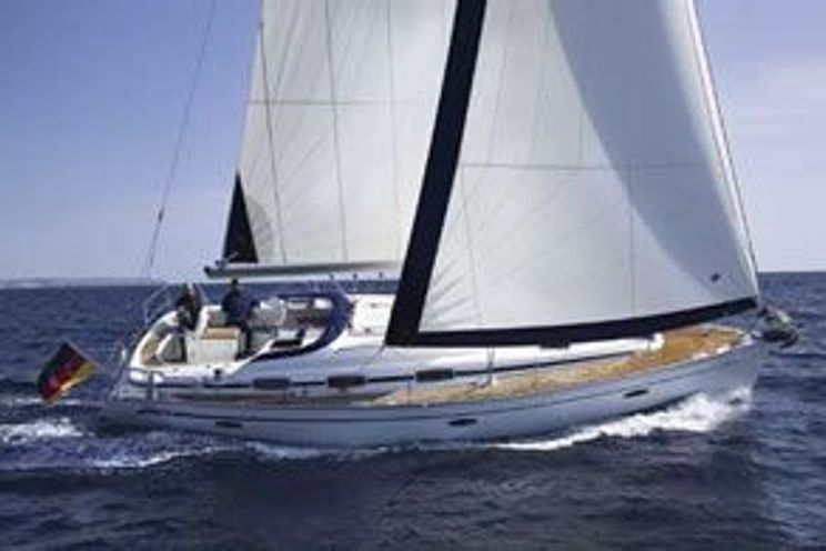 Charter Yacht Bavaria 39 - 3 Cabins - Grenada