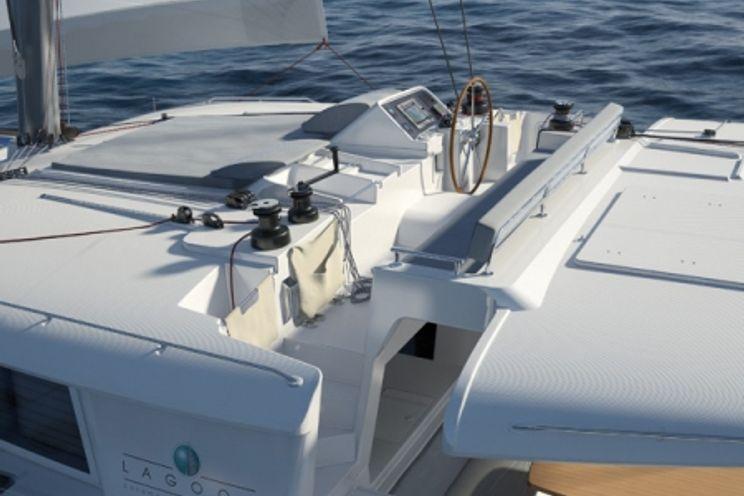 Charter Yacht Geronimo