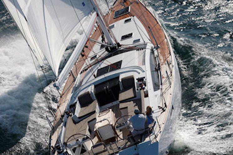 Charter Yacht Jazz Me Blue