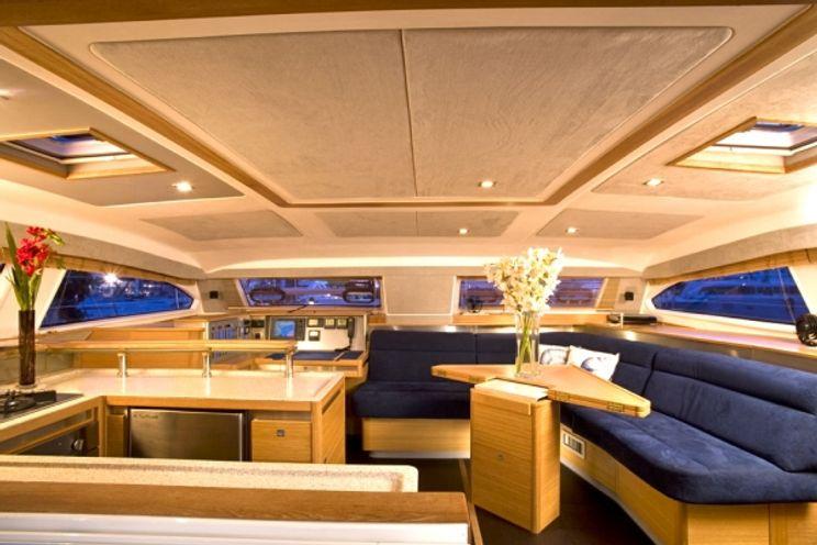 Charter Yacht PARANA