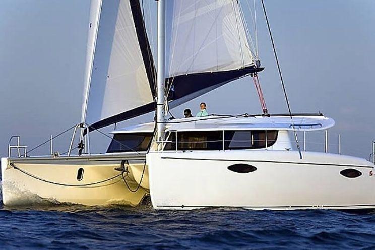 Charter Yacht Fountaine Pajot Orana 44