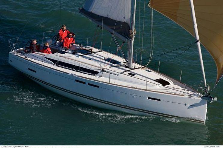 Charter Yacht Rascal