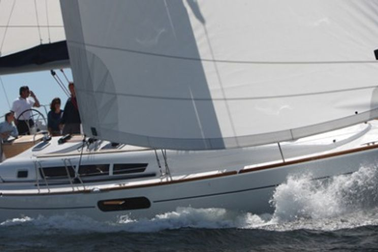 Charter Yacht Lullaby