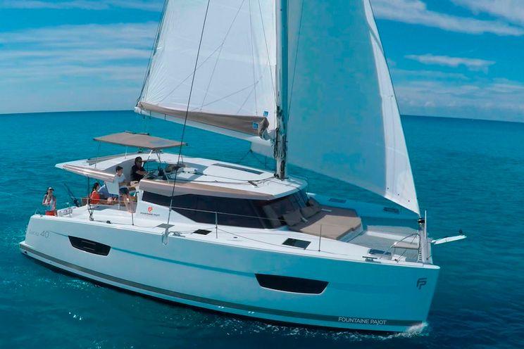 Charter Yacht INFINITE BLUE