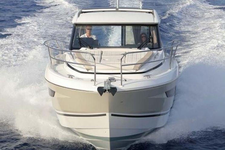 Charter Yacht CHRISTINE - Jeanneau Power NC 33 - Annapolis