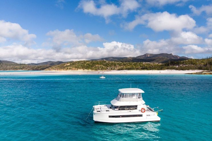 Charter Yacht HAUMEA - Fontaine Pajot MY37 - 3 Cabins - Florida and the Bahamas