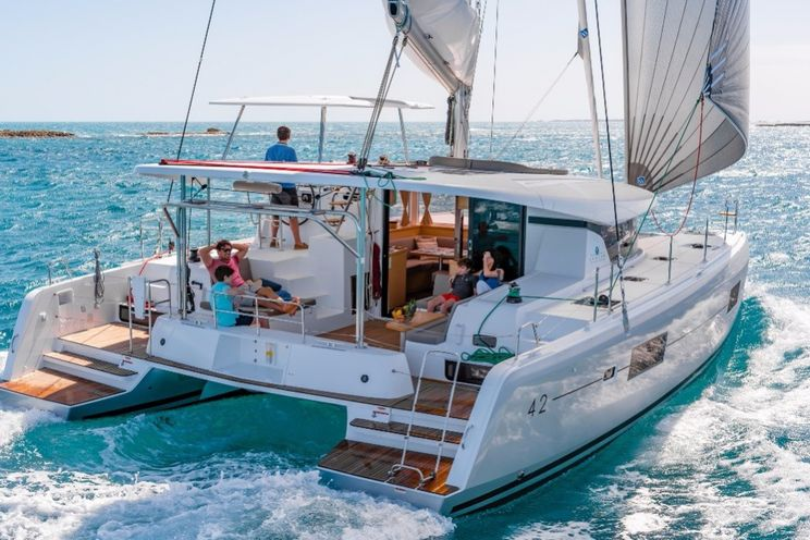 Charter Yacht Lagoon 42 - 4 + 2 cabins (4 double 2 single) - 2019 - Lefkas