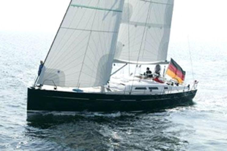 Charter Yacht Hanse 531 - 3 Cabins - Procida