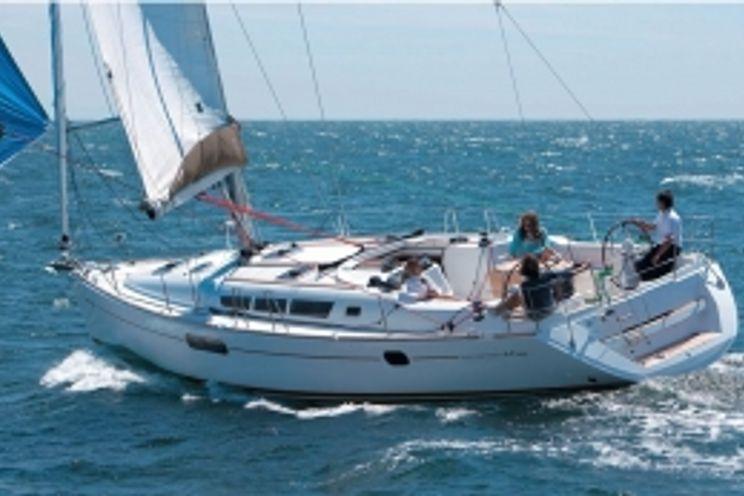 Charter Yacht Sun Odyssey 44i - 4 Cabins - Corsica
